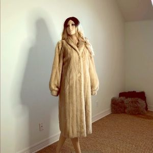Jackets & Blazers - Ladies Blonde Mink Full Length Fur Coat S 2